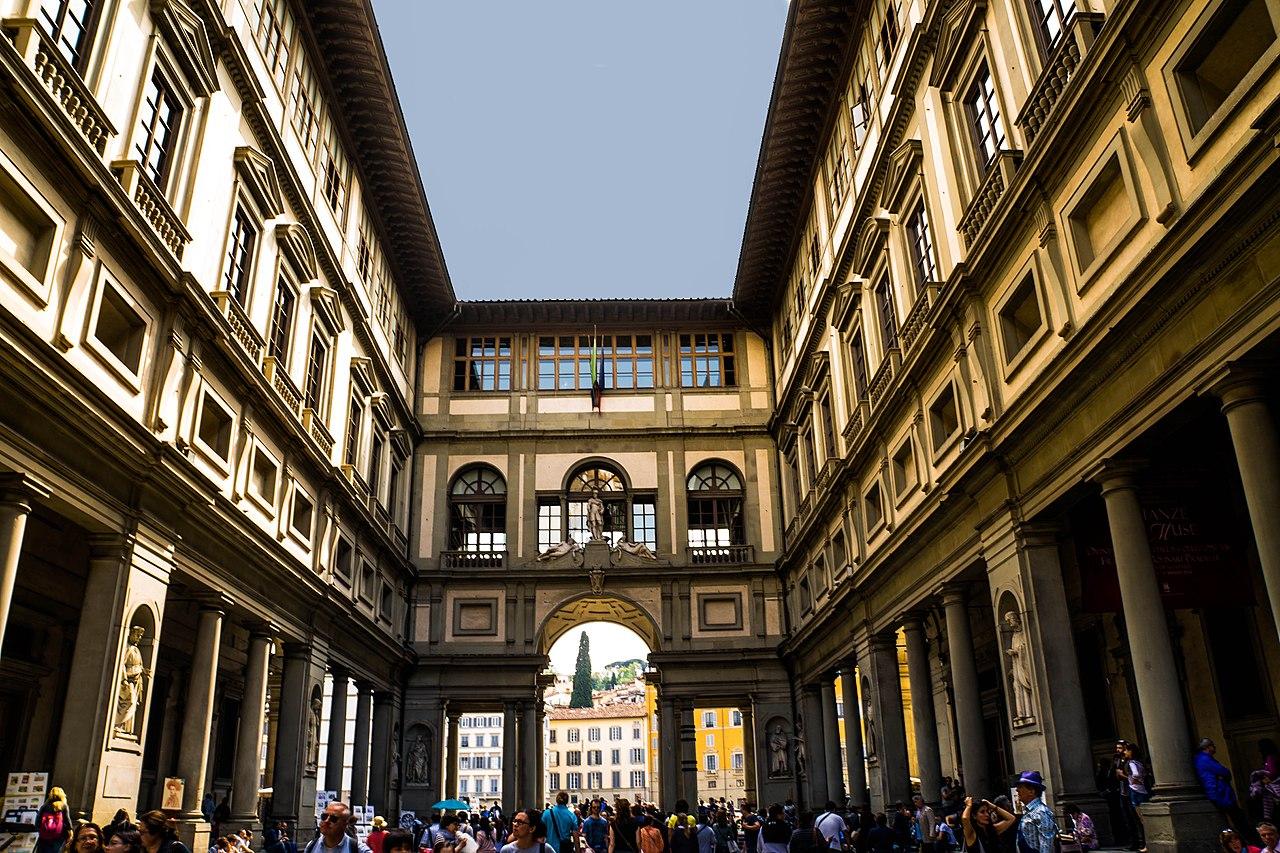1280px-florence_italy_uffizi_museum_-_panoramio_5